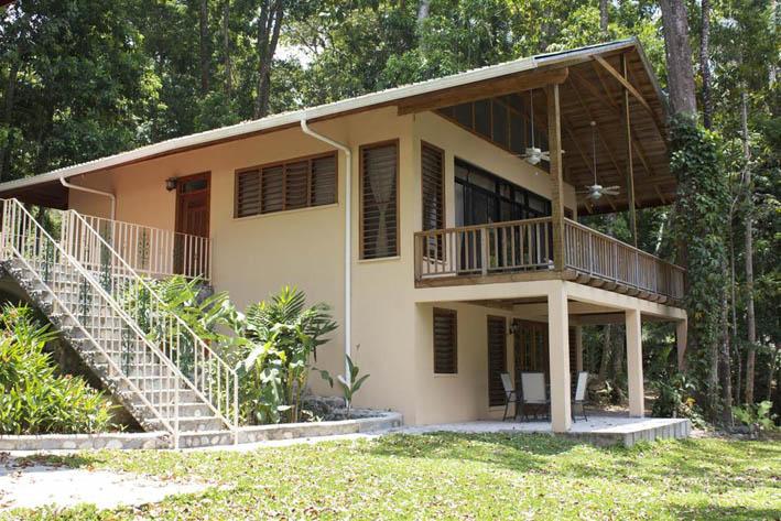 1Cangrejal River Lodge